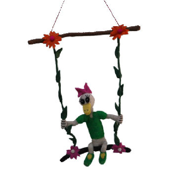 Fun wool decoration Duck on the Swing FH-135